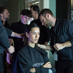 Coiffeur-Grabs-Berlin-Fashion-Week-3